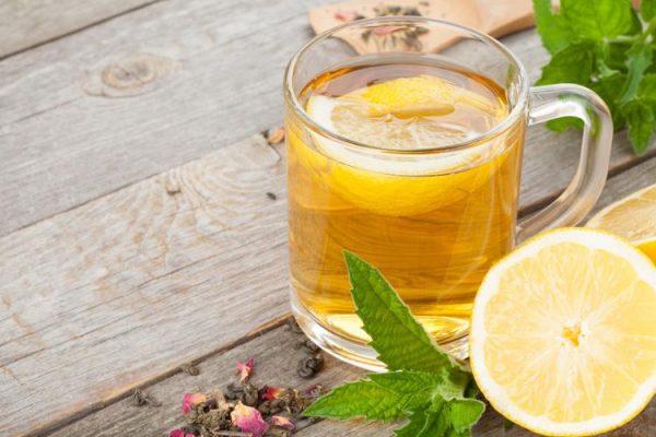 طريقة تحضير الماء الحار والليمون