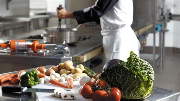 صورة فوائد الطبخ في المنزل