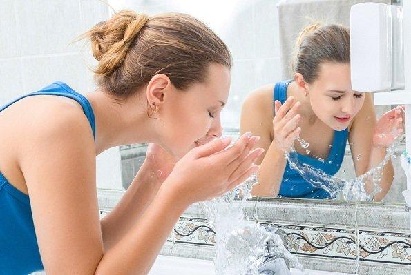 Photo of فوائد الماء البارد للوجه… العديد من مميّزات استخدام الماء البارد على الوجه
