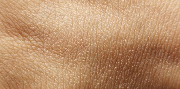 صورة فوائد الماء البارد للجلد… العديد من الفوائد التي يقدّمها الماء للجلد