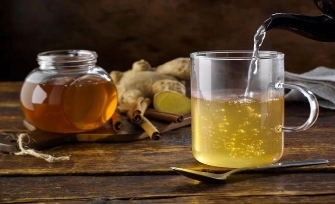 صورة فوائد الماء الحار والعسل… 7 فوائد مؤكّدة للماء الدّافئ بالعسل واللّيمون