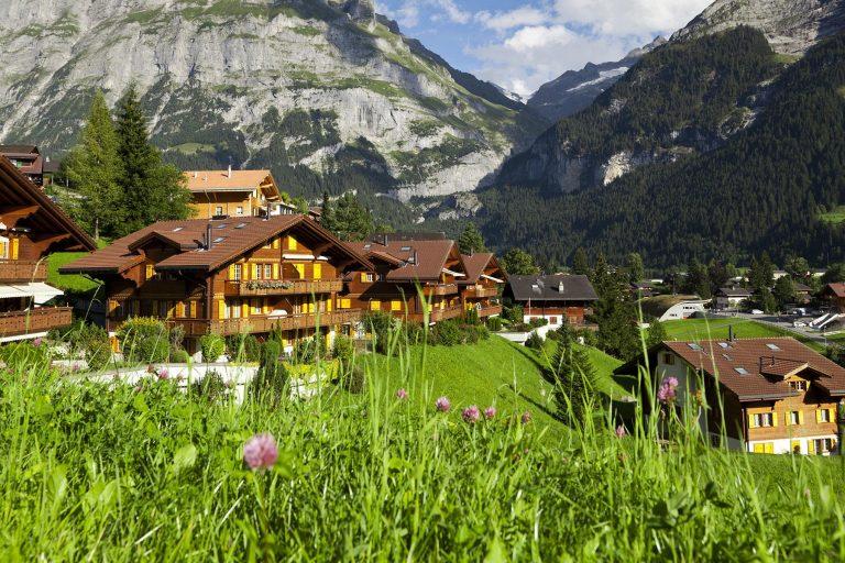 مخاطر السفر الى سويسرا