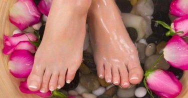 فوائد زيت الجلسرين للأقدام