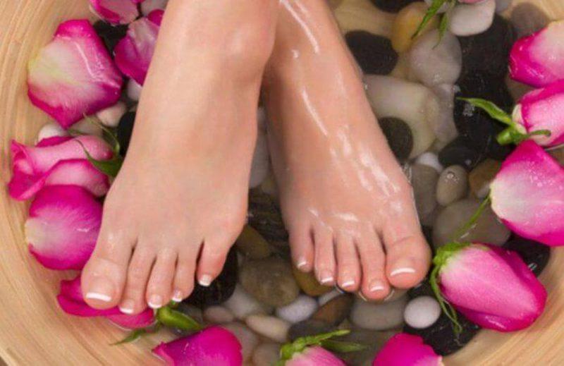 Photo of فوائد زيت الجلسرين للأقدام