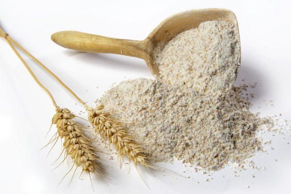 دقيق القمح الكامل