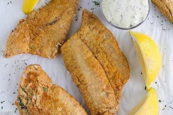 طريقة قلي الأسماك