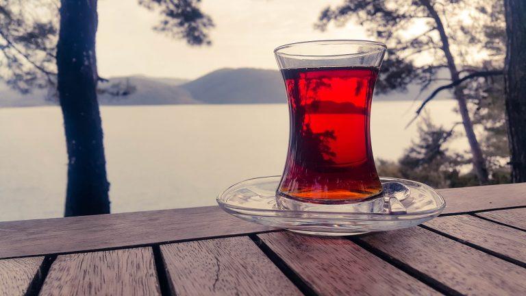 """شاي النعناع والشيكولاتة الأحمر من """" Culinary Teas"""""""