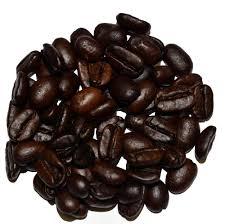 حبوب القهوة المحمّصة من سومطرة في أندونيسيا