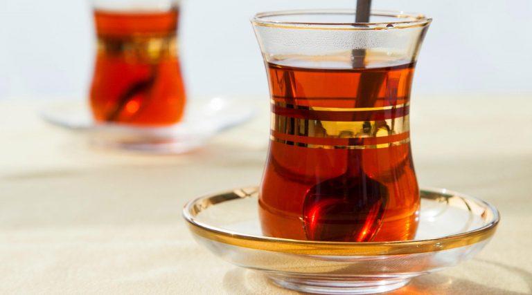 """شاي """"آداجيو Adagio"""" الأحمر بالياسمين"""