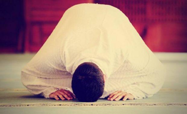 الصلاة تُعلم التواضع