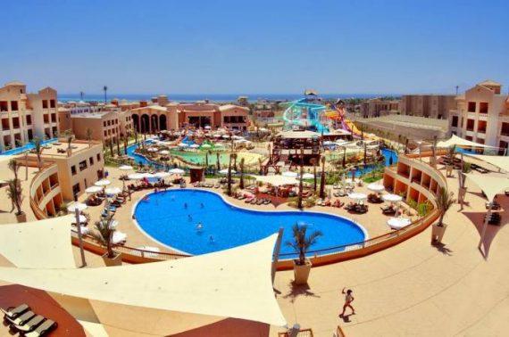 فندق Coral Sea Aqua Club Resort