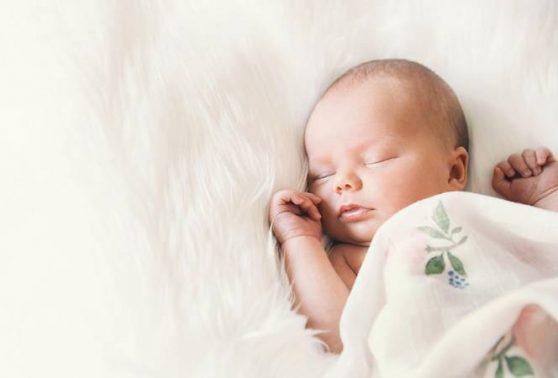 تفسير رؤية ولادة طفل ذكر في المنام او الحلم