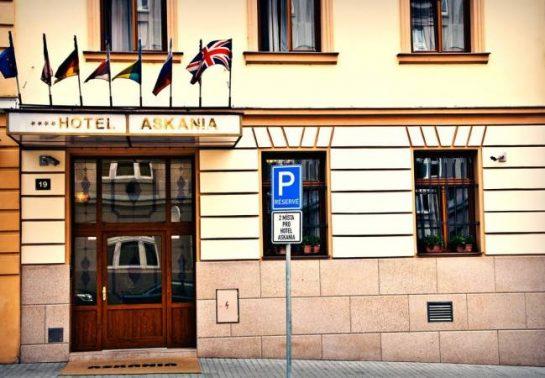 فندق أسكانيا