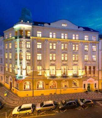 فندق ثاترينو