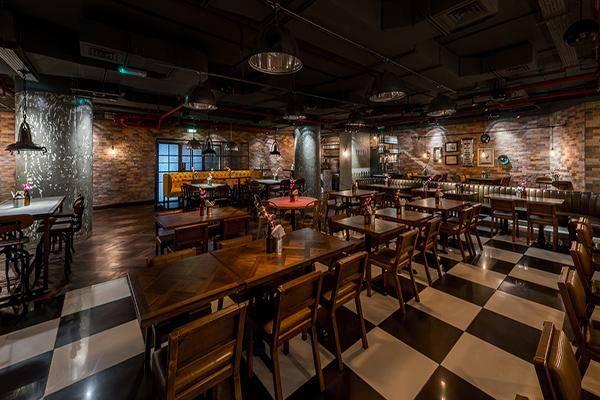 المطاعم في بر دبي