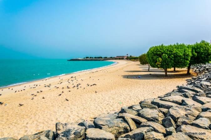 الشواطىء في الكويت
