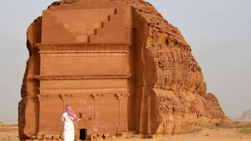 عدد المواقع الأثرية في السعودية