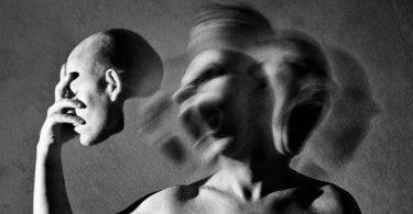 هل مرض الفصام مجنون