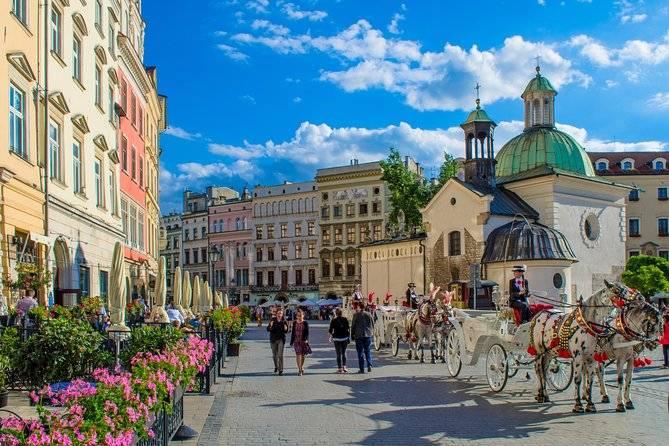 أفضل 5 انشطة في بولندا 2020