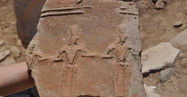التفكير الناقد لماذا ترسم خرائط المواقع الأثرية القديمة قبل نقل الآثار منها؟