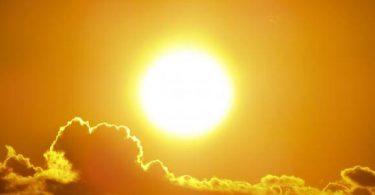 سبب الحركة الظاهرية للشمس