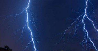 ما الذي يسبب حدوث الرعد
