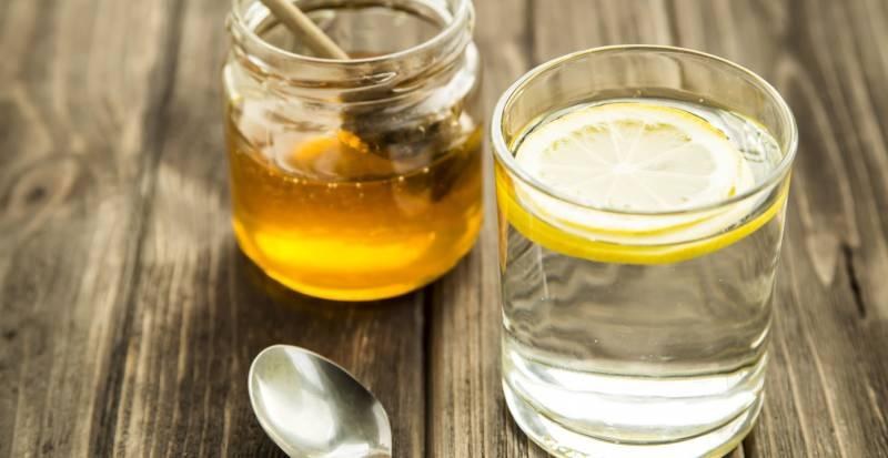 صورة أهم 8 فوائد لشرب العسل مع الماء