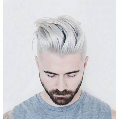الشعر الأبيض في المنام