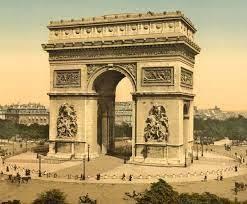 أهم معالم باريس