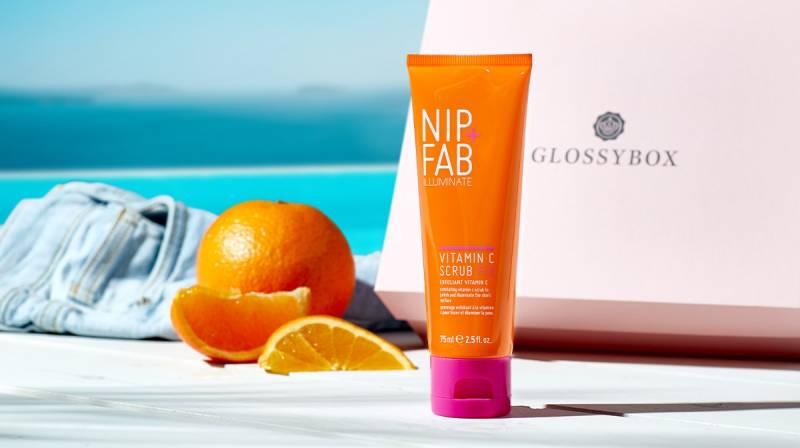 غسول nip fab البرتقالي لبشرة نضرة ومتجددة