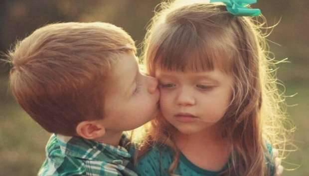 تفسير رؤية القبلة في المنام